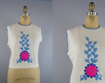 1960s Embroidered Flower Top