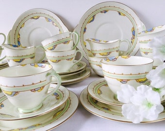 Large Royal Doulton Pastel Tea Set, 1935, Staffordshire, 34 Pieces.