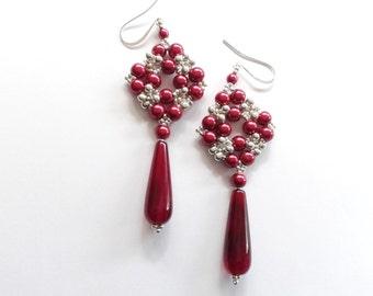purple earrings, purple drops earrings, beadwoven earrings, handmade purple earrings, red earrings, semi precious stone earrings, dangle
