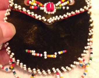 Sweet Vintage Native American Handmade Beaded Velvet Pouch Coin Purse