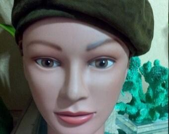 1950s Hat / Vintage Olive Green Suede Beret or Tam, Betmar 1950s Hat / Vintage Green Leather Beret or Tam, Betmar