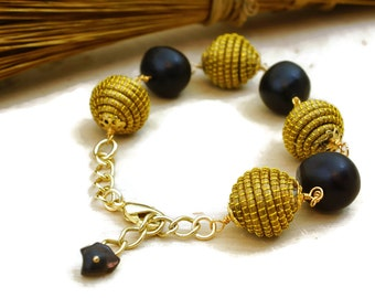 Beads of Golden Grass bracelet, Nut jewelry, tagua beads, bombona bracelet, wire wrapping, organic bracelet