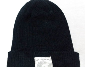 Vintage 100% Acrylic Beanie Snow Cap Ski Hat Made In China