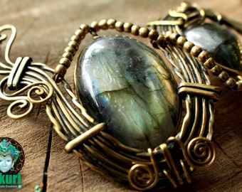 LABRADORITE NECKLACE,  brass, tribal necklace, boho, hippiechic, gemstones, moonstone, brass, tribal