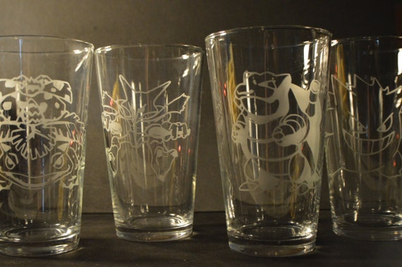 Any pokemon etched pub glass (One pub glass)