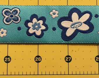"Beautiful woven flower ribbon trim - bright blue, white and navy - 1 1/4"" wide - 2 yards"