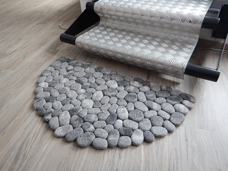 Felt stone rug bath mat grey half moon for River stone bath mat