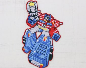 10 cm tall, Transformer Iron on Patch (P-396)