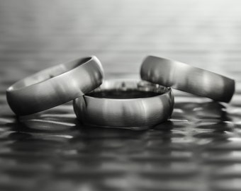 Sizing Bands – Set of Three 6mm Quality Stainless Steel Comfort Fit Ring Sizers with Matte Brushed Finish.