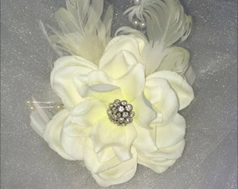 Elegant Ivory Bridal Flower
