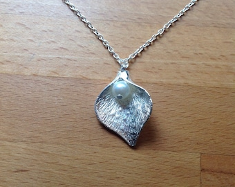Large silver calla lily leaf with pearl - necklace