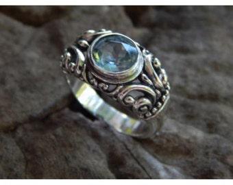 Silver rings Carve Patra Blue Topaz
