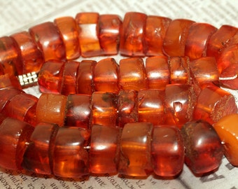 53.7 g. Vintage Natural Baltic Amber Honey Color Tablet Beads Necklace q