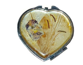 Pocket mirror natural plant_choice yours petals_heart 2.75 inches