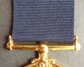 Nigerian Republic Bravery Medal - The Nigerian Eagle Medal For Bravery In The Field. A Scarce Medal In Superb Condition.
