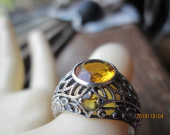 Art Nouveau 1.5ctw Natural Citrine 925 Sterling Silver Filigree Ring Size 8, Wt. 2.5 Grams