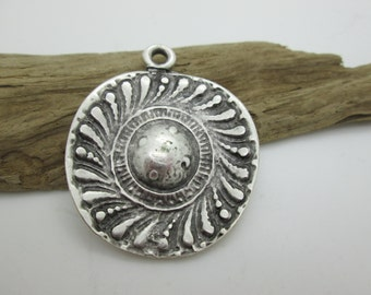 Rustic Silver Sunburst Pendant, Sombrero Pendant, Southwest Pendant, 50x42mm (1)