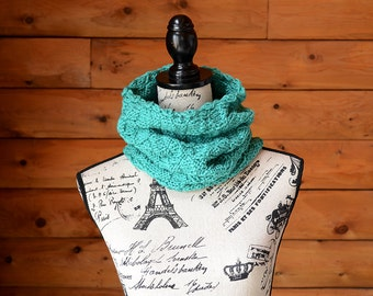 Gifts For Her, Gifts For Him, Chunky Knit Cowl, Infinity Scarf, Green Knit Scarf, Jade Knitted Scarf, Jade Circle Scarf, Green Knitted Cowl