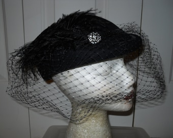 Vintage wool feather veil hat