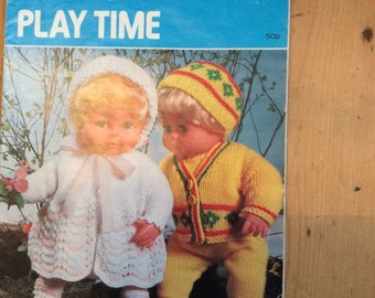 Vintage 1970's Hayfield Play Time 7054 Dolls Knitting Pattern