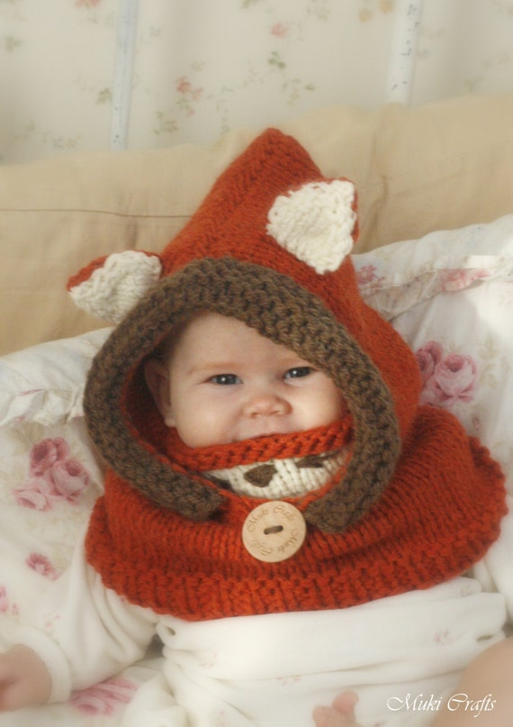 Sale! Fox hooded cowl Rene KNITTING PATTERN in baby, toddler, child and adult sizes (in English, French and Spanish)