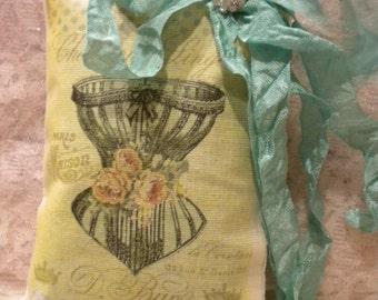 Lavender Sachet Vintage French / Paris Corset
