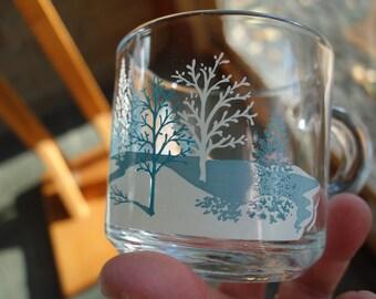 Anchor Hocking Glass Mugs / Blue and White Winter Scene / Set of 4