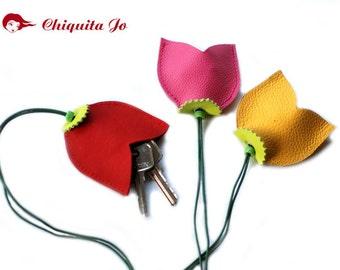 Leather key case tulips