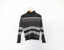 STRIPED MOCK TURTLENECK // size womens large // 90s // stripes // minimal // long sleeve shirt // ribbed // classic / boxy / vtg / vintage!