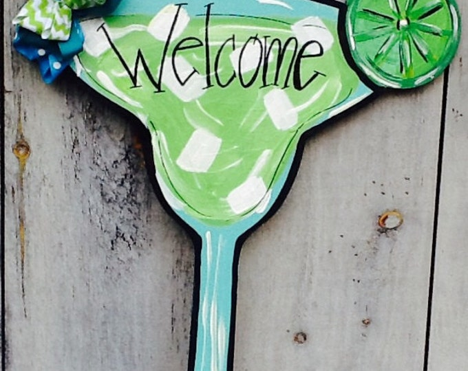 Martini glass door hanger, is it 5 o' clock sign, it's 5 o' clock somewhere door hanger, summer door hanger, party glass door hanger,