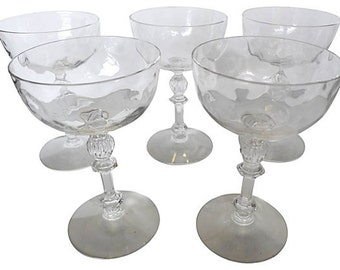 """Set of 5 crystal wine glasses with dimpled body and staged-fluted design (3.5""""Dia x 5.4""""H)."""