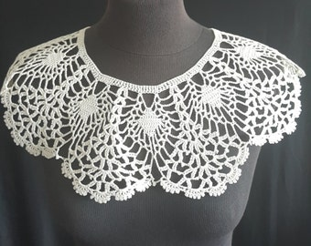 Handmade Crochet Collar, Neck Accessory, Ivory, 100% Cotton
