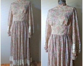 70s Bohemian Floral/Paisley/Lace Maxi Dress - Size Medium