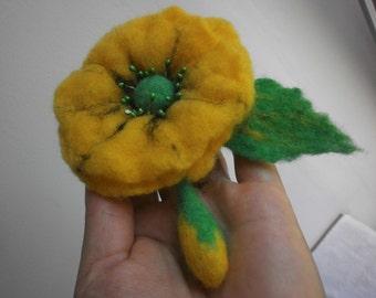 Felt brooch,poppy felt flower brooch,blach yellow felt brooch flower,women jewerly,green felt flower hair clip accessories,felt pin, jewelry