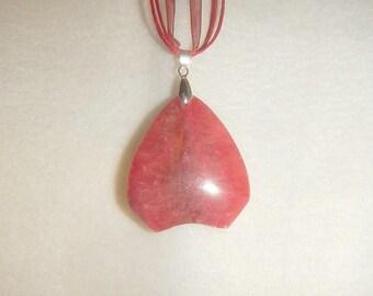 Arrowhead-shaped Rose Pink Rhodochrosite pendant (JO338)