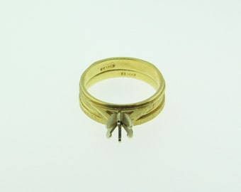 14 K gold wedding band and engagement setting