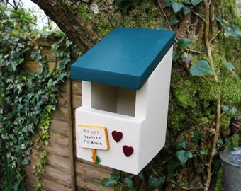 Robin Box - Personalised Bird Box - Bird House - Gift for Gardener - Nesting Box - Gift for Gardener  - 5th Wedding Anniversary - Siop Gardd