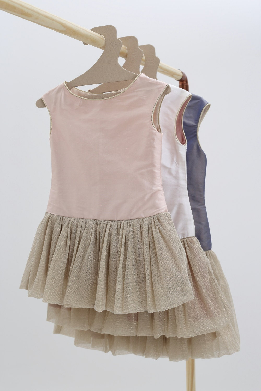 Robe petite fille d 39 honneur robe tutu en soie blush pour - Robe petite fille d honneur ...