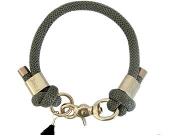 Dog collar - khaki Paracord dog collar