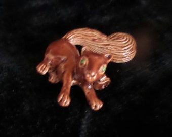 Squirrel Brooch by Gerry's©