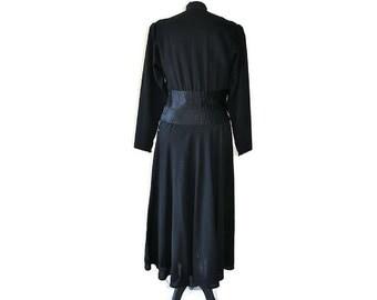 "Black 1930's Crepe Dress // 30's black wool dress // Vintage black dress // Waist 26"""
