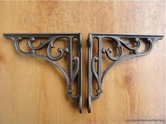 A Pair Of Small Classic Victorian Scroll Shelf Brackets 6 Inch