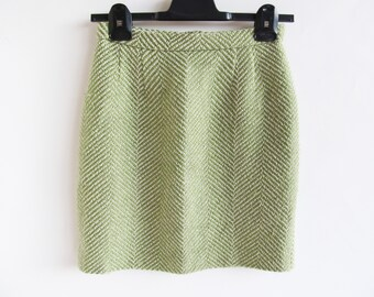Vintage • Skirt • Mini Skirt • Tweed Skirt • Herringbone Skirt • Green and White Herringbone Skirt • Wool Skirt • Mini Skirt • Fully Lined