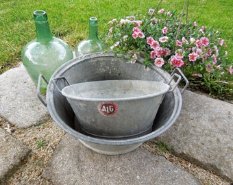 Zinc Laundry Basin Tub Bucket French Vintage Antique galvanized Wash basin Planter industrial garden tray storage basket magazine holder old