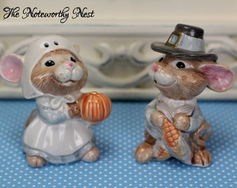 Fitz and Floyd Thanksgiving Mouse Mice Salt and Pepper Shakers // Fitz and Floyd // Vintage Salt and Pepper shakers