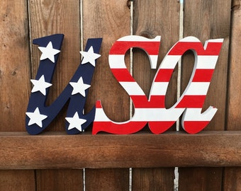 Standing Painted USA Sign
