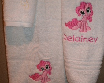 Pinkie Pony Personalized Pinkie Pony 3 piece Towel Set Bathtowel, Handtowel,  & Washcloth