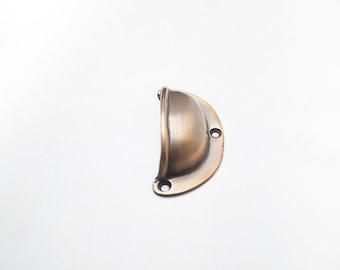 Brass handle semicircular