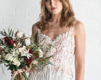 ON SALE~ GRACE - vintage lace wedding dress