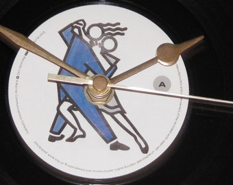 """Simply Red the right thing  7"""" vinyl record clock"""